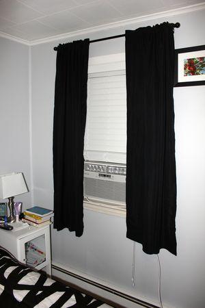 Frigidaire Window A/C Unit (Inside)