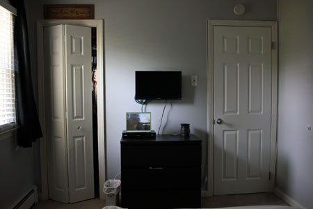 Bedroom Design Bi Fold and Six Panel